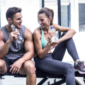 shutterstock_298755221 couple drinking water after training together