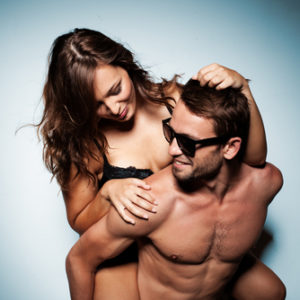 preview-full-shutterstock_147602774 woman piggyback naked couple