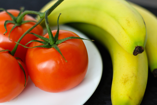 fresh tomato and banana